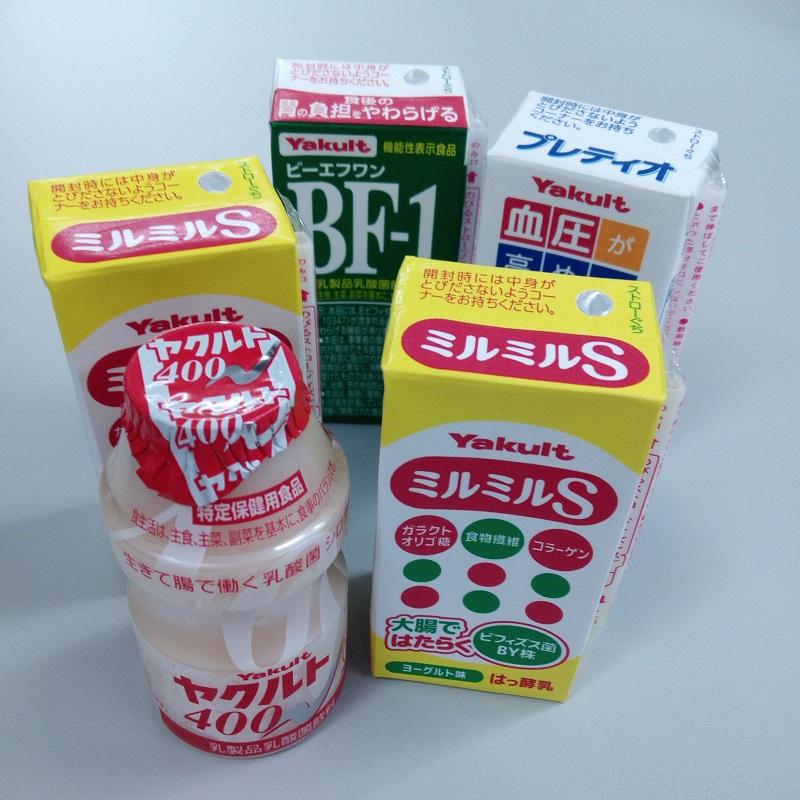 4種類の乳酸菌飲料の写真